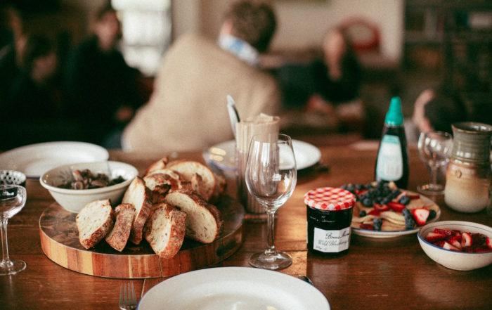 bread-food-brunch-table-3326113